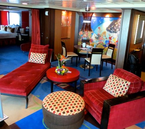 The living space in the Pink Diamond Suite on the Norwegian Jewel.