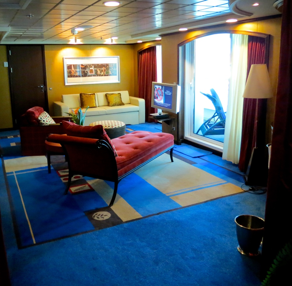 Photo Essay: 'Living the High Life' on the Norwegian Jewel (5/6)