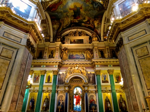 Facing the altar in Saint Issac's Cathedral.