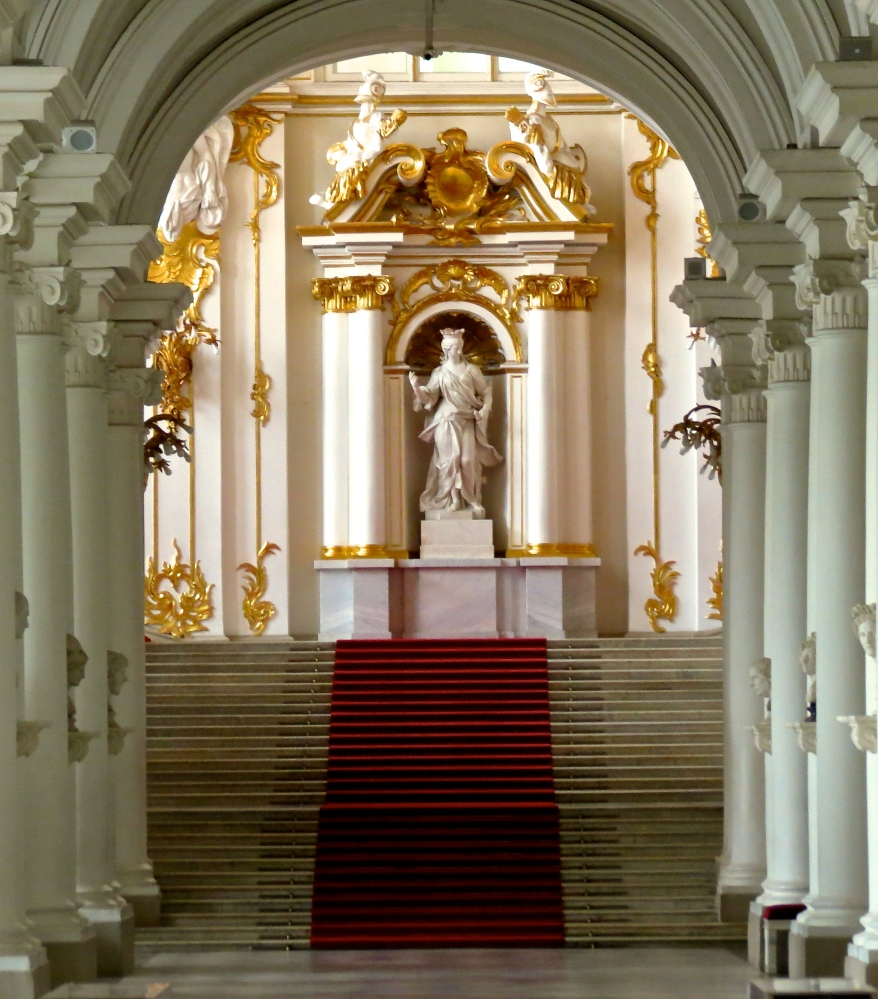 Baltic Cruise Day Six: The Hermitage and Saint Petersburg Canal Cruise (2/6)
