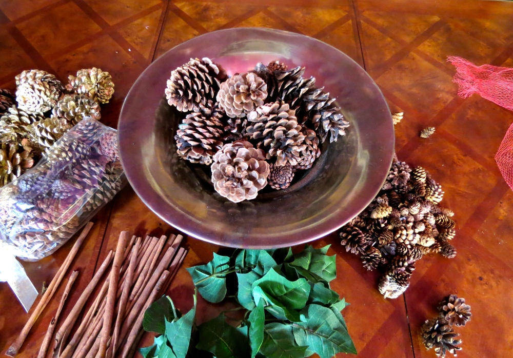 Decking the Halls For The Holidays: Part Four- The Easy Holiday Centerpiece (3/6)