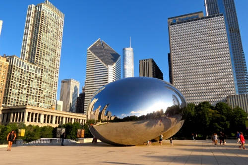 Cloud Gate by artist Anish Kapoor in Millennium Park. Better known as 'the Bean'.