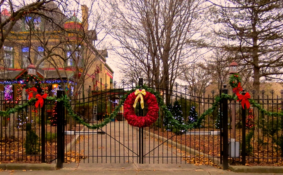 The front gate at 321 Division Street, December 2014.