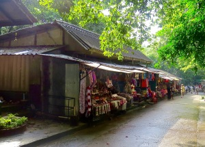 Shopping village at Namuang.