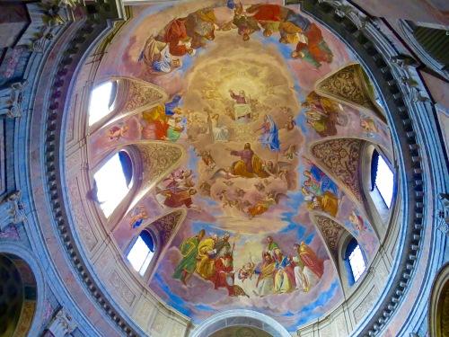 The domed ceiling of Basilica S. Giacomo.