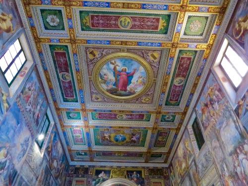 The ceiling of Oratorio del Santissimo Crocifisso.