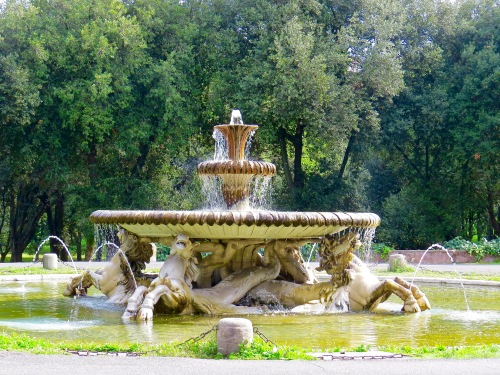 One of several beautiful fountains in Villa Borghese.