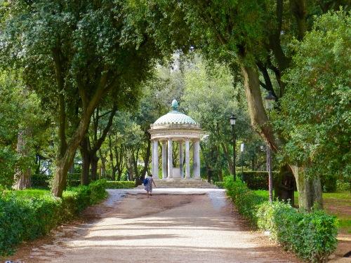 Tempio di Diana in Villa Borghese.